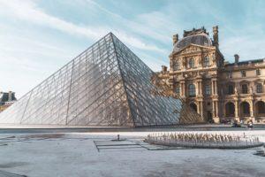 Louvre Museum - Paris Backgrounds